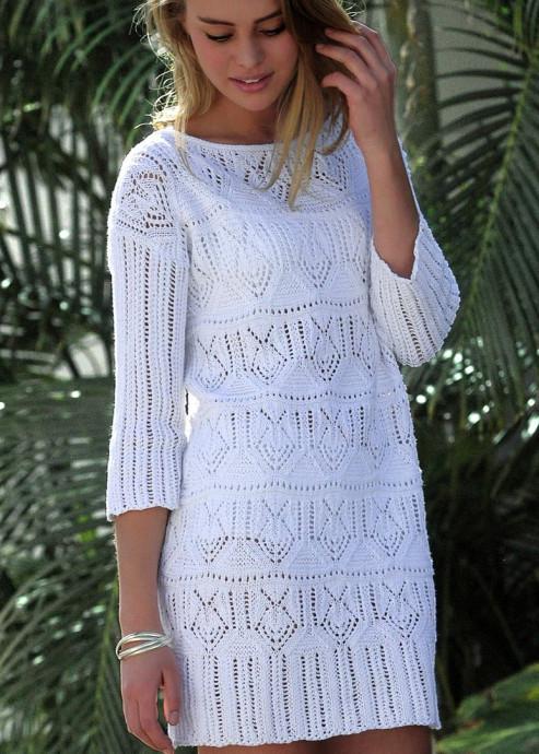 Белое платье с ажурным узором 0
