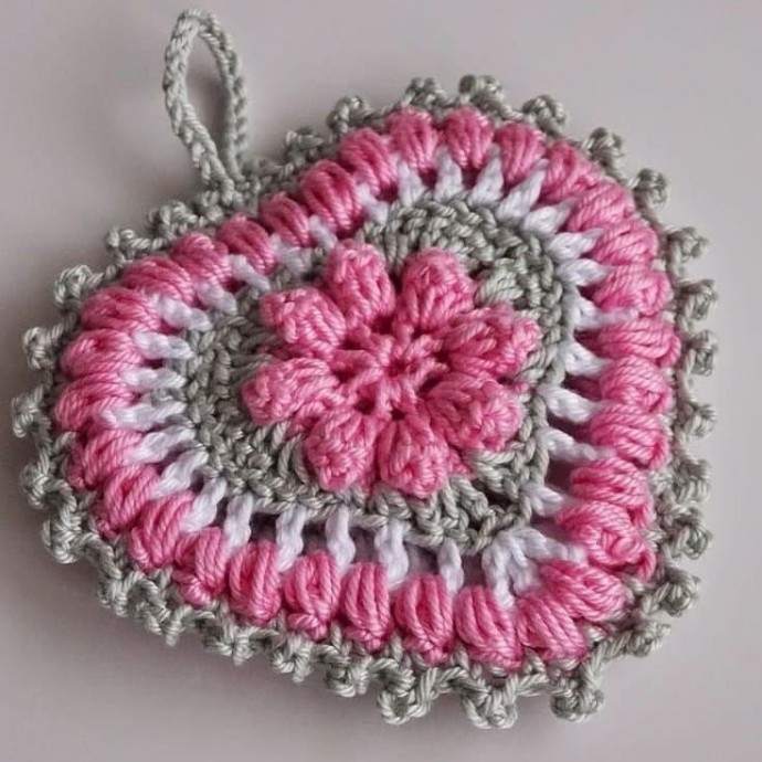 Объемное сердечко крючком 0