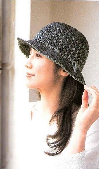 Плотная шляпка, связанная крючком 0